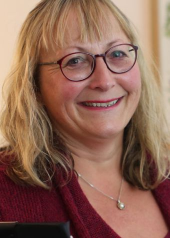Sarah Hemsley LR